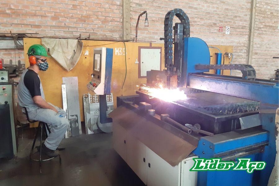 Líder Aço Produtos Siderúrgicos Dourados-MS - Serviço de corte Plasma CNC