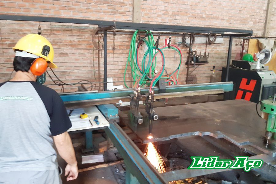 Líder Aço Produtos Siderúrgicos Dourados-MS - Serviço de corte oxicorte chapa de aço